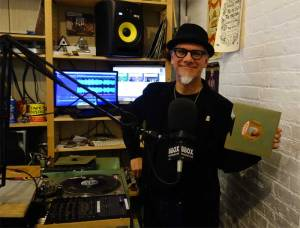 "The Boog displays great Etta James record on ""Watch This Sound"" radio show."