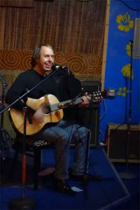 Michael Lynch swings at Copycat Cover Song Night