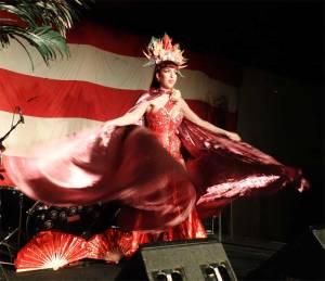 Hula02_burlesquedancer