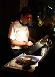 New comer DJ Rata swings at the BIG TEN INCH!