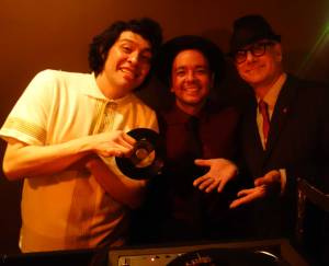 Our pal DJ Rata dropped by Wham-O Watusi to swing with Moises Underground and Phast Phreddie the Boogaloo Omnibus!