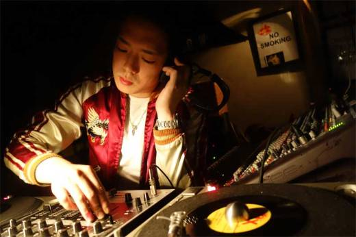 DJ Hiromu cues a hot bopper at Rebel Night!