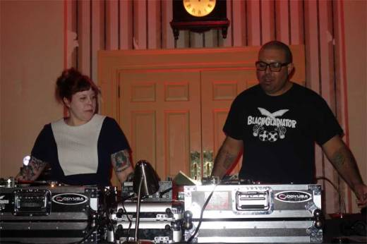 The Thing With Two Heads swings at the Keystone State Soul Weekender!